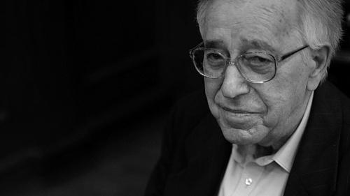 92 éves korában elhunyt Soós Tibor bárzongorista